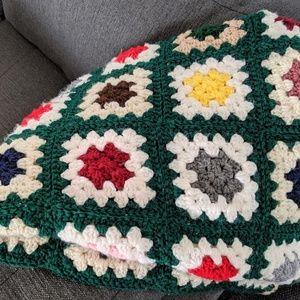Other - Crochet Granny Square Blanket - Floral! Vintage!